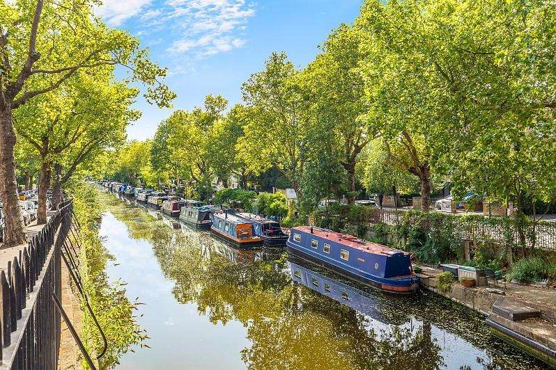 1 Bedroom House Boat Character Property for sale in Blomfield Road, Little Venice, W9