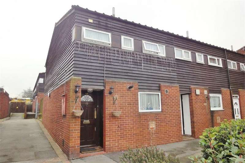 3 Bedrooms End Of Terrace House for sale in Allingham Close, Hanwell, LONDON