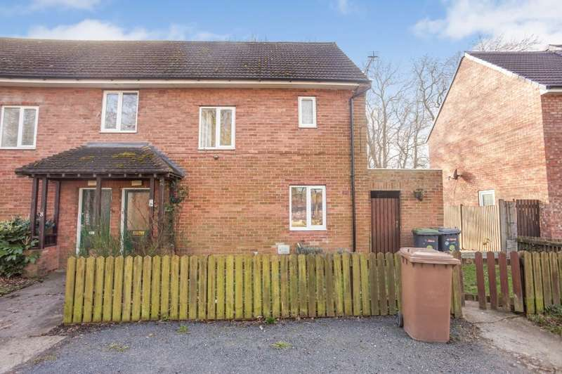 3 Bedrooms Semi Detached House for sale in 6 Nettleton Drive, Witham St. Hughs, Lincoln, Lincolnshire
