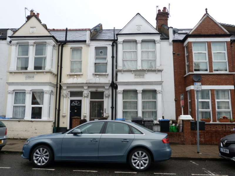 3 Bedrooms Terraced House for sale in Howard Road, Cricklewood