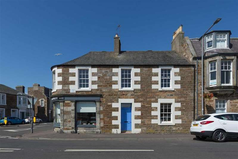 3 Bedrooms Flat for sale in Park Place, Elie