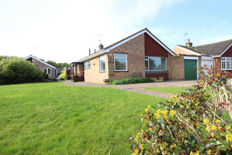 3 Bedrooms Detached Bungalow for sale in Birch Close, Sonning Common, RG4