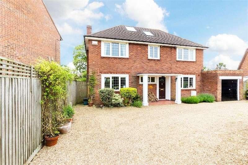 6 Bedrooms Detached House for sale in Oak Stubbs Lane, Dorney Reach, Maidenhead, Buckinghamshire