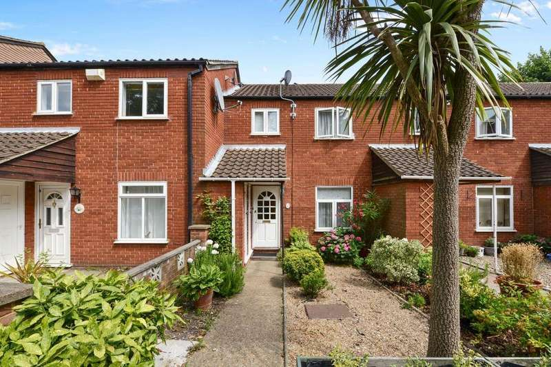 3 Bedrooms Terraced House for sale in St. Pauls Close, Ealing, W5