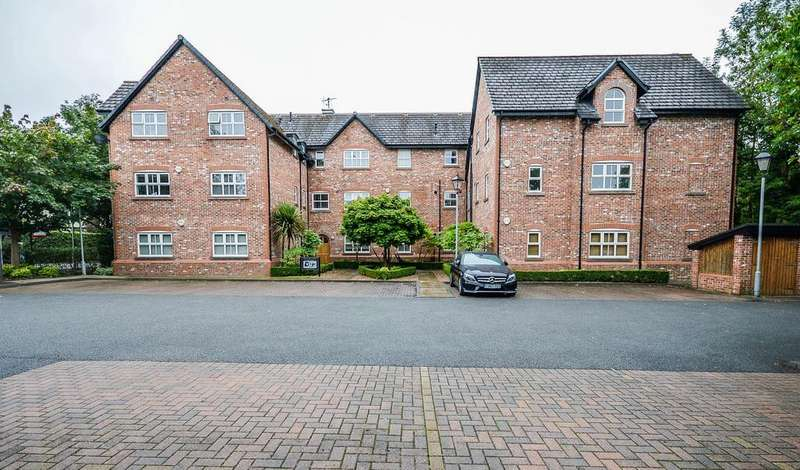2 Bedrooms Apartment Flat for sale in Lacey Green, Wilmslow