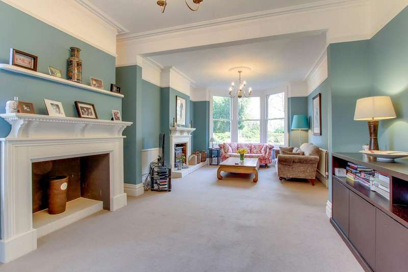 7 Bedrooms House for sale in Heronsgate, Chorleywood, Hertfordshire WD3