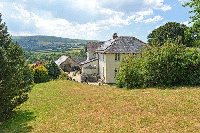 5 Bedrooms Equestrian Facility Character Property for sale in North Bovey, Devon, TQ13