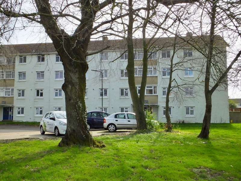 2 Bedrooms Flat for sale in Lower Brownhill Road, Southampton SO16