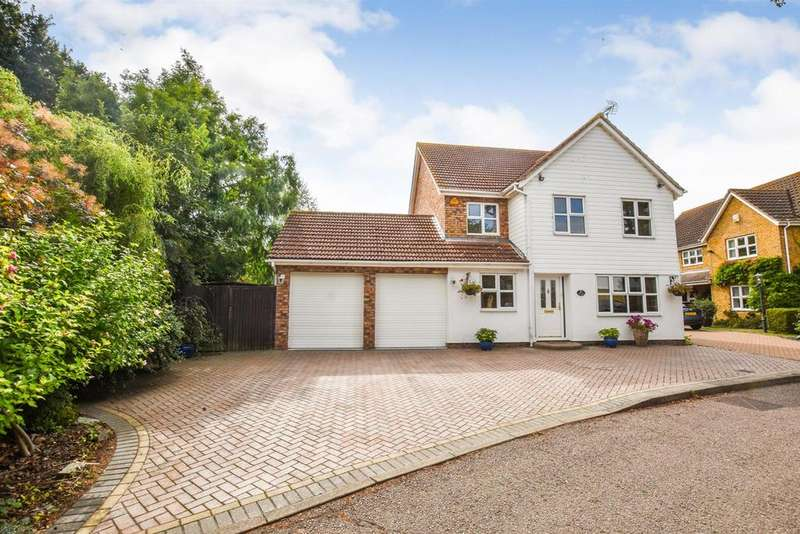 4 Bedrooms Detached House for sale in The Bight, South Woodham Ferrers.