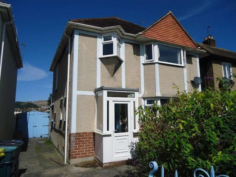 3 Bedrooms Detached House for sale in Rhuddlan Avenue, Llandudno