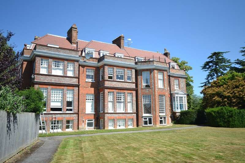 1 Bedroom Apartment Flat for sale in Emmer Green