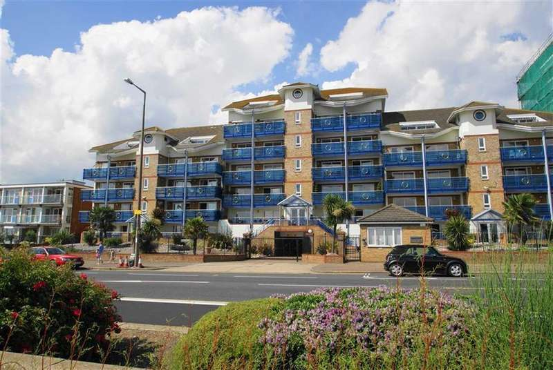 3 Bedrooms Flat for sale in The Leas, Westcliff-on-Sea, Essex