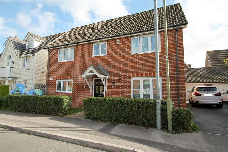 5 Bedrooms Detached House for sale in Magister Drive, Lee-on-the-Solent, Hampshire