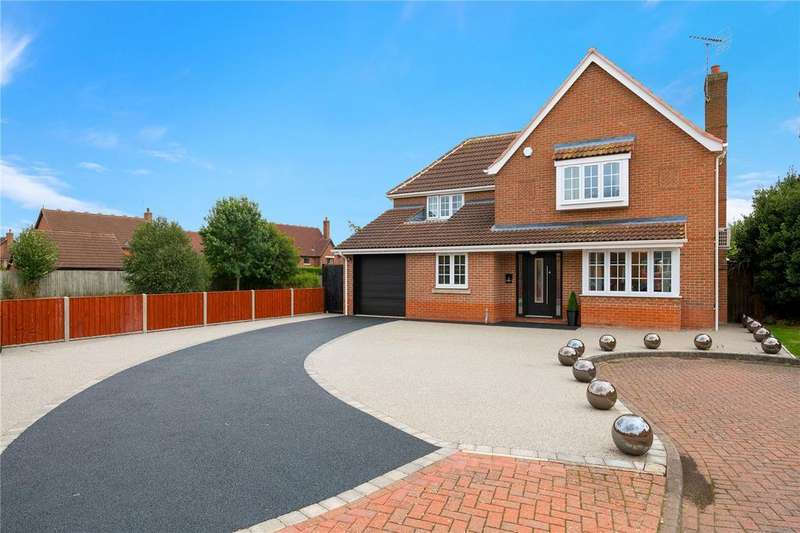 4 Bedrooms Detached House for sale in Quantock Court, Sleaford, Lincolnshire, NG34