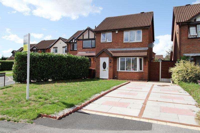 3 Bedrooms Detached House for sale in Wayfaring, Westhoughton, Bolton, Lancashire.