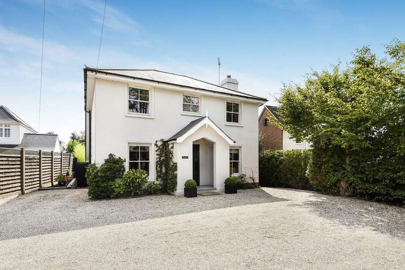 4 Bedrooms Detached House for sale in Chitcombe Road, Broad Oak, Brede, East Sussex TN31 6EU