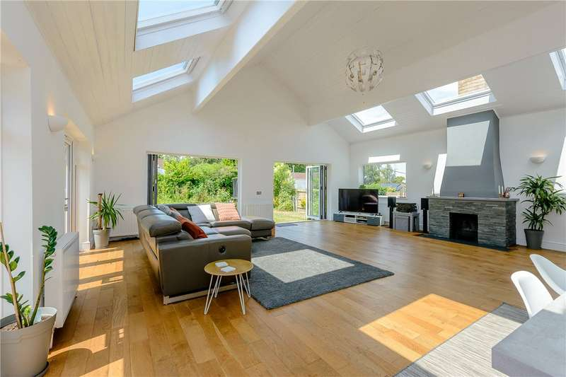 4 Bedrooms Bungalow for sale in Markson Road, South Wonston, Winchester, Hampshire, SO21