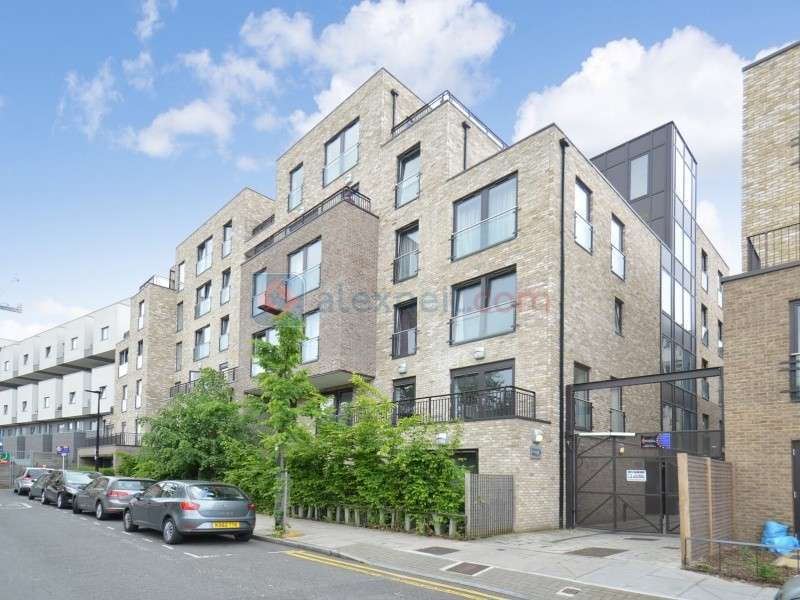 1 Bedroom Flat for sale in Axio Way, Bow E3