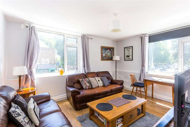 2 Bedrooms Flat for sale in Bethnal Green Road, London, E2