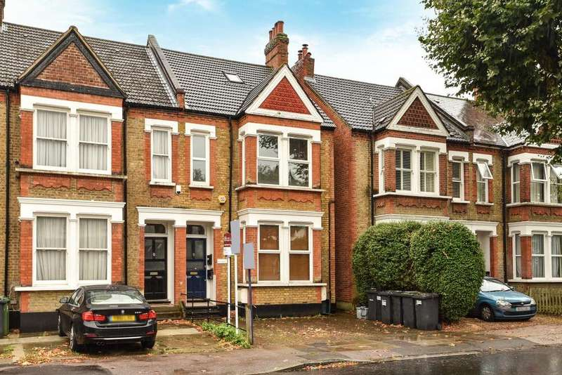2 Bedrooms Flat for sale in Woolstone Road, Forest Hill