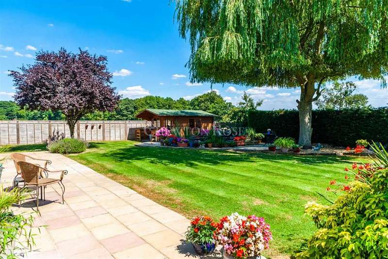 3 Bedrooms Bungalow for sale in Chalfont St Peter, Buckinghamshire