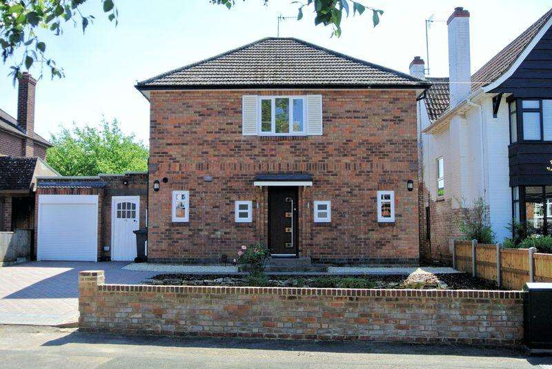 3 Bedrooms Detached House for sale in Lansdown Road, Gloucester, GL1 3JE