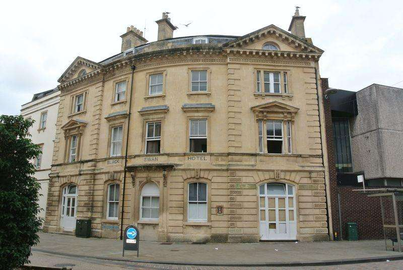 1 Bedroom Apartment Flat for sale in Commercial Road, Gloucester