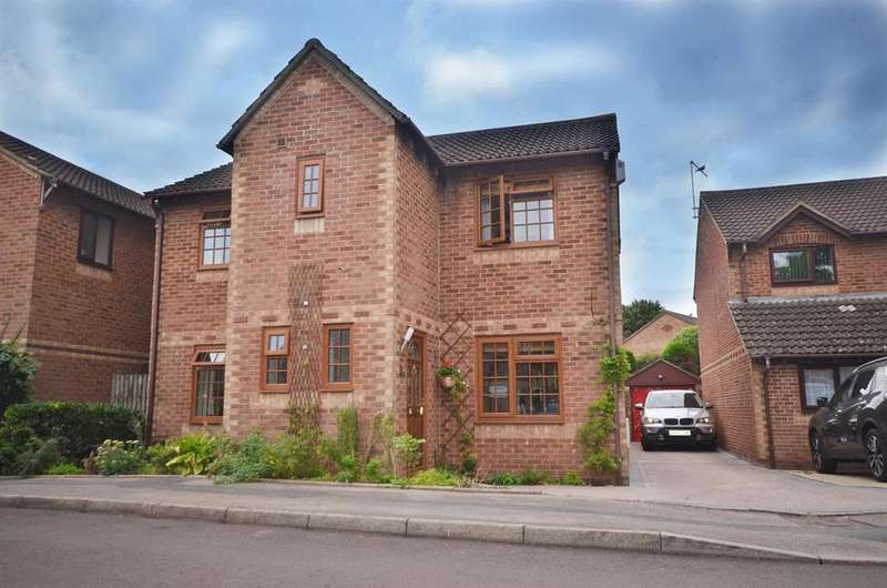 4 Bedrooms Detached House for sale in Hartwell Road, Anchorage Park, Portsmouth