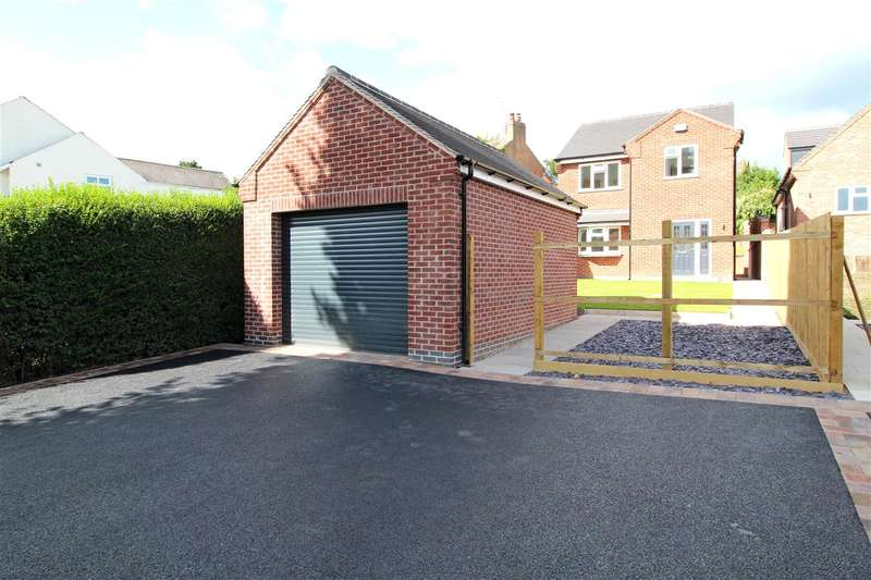 3 Bedrooms Detached House for sale in Kingsway, Ilkeston