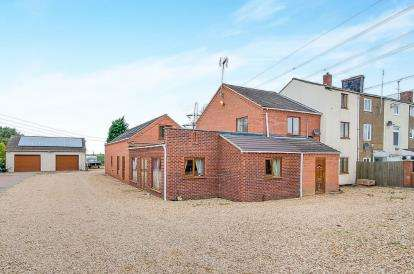 7 Bedrooms End Of Terrace House for sale in Walpole Bank, Walpole St. Andrew, Wisbech, Norfolk