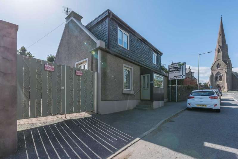 3 Bedrooms Detached House for sale in Southesk Street, Brechin