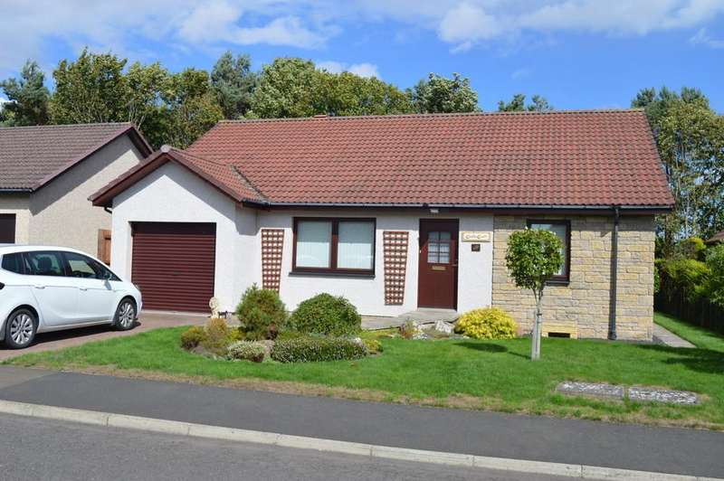 3 Bedrooms Detached Bungalow for sale in Bennecourt Drive, Coldstream, Coldstream, Berwickshire, Scottish Borders