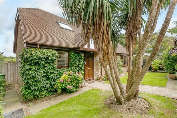 3 Bedrooms Detached House for sale in King Henrys Road, Lewes, East Sussex