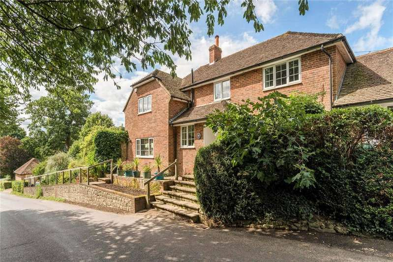 4 Bedrooms Detached House for sale in Leggatt Hill, Lodsworth, Petworth, West Sussex, GU28