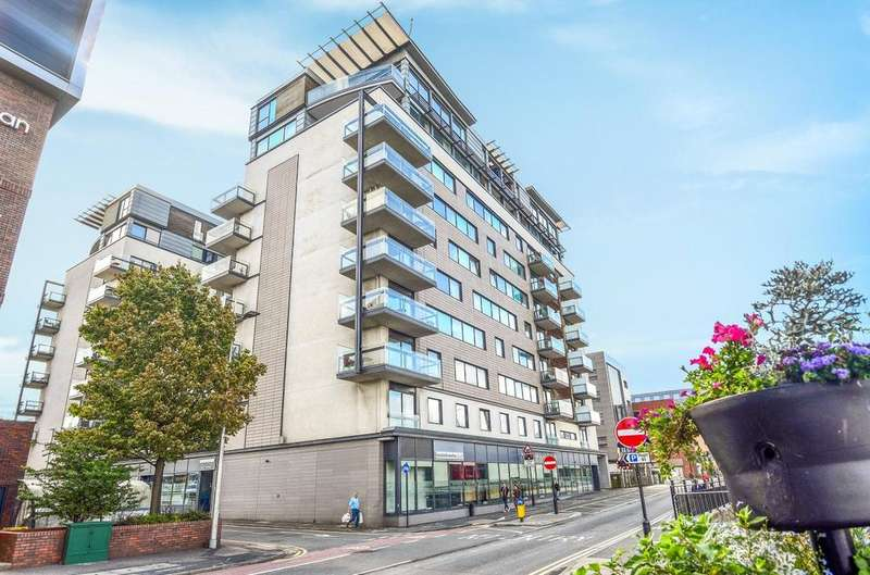 3 Bedrooms Flat for sale in Witham Wharf, Lincoln, LN5