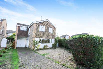 4 Bedrooms Detached House for sale in Cainhoe Road, Clophill, Beds, Bedfordshire