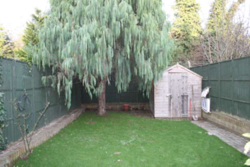4 Bedrooms House for sale in Cleveley Crescent, Hanger Lane