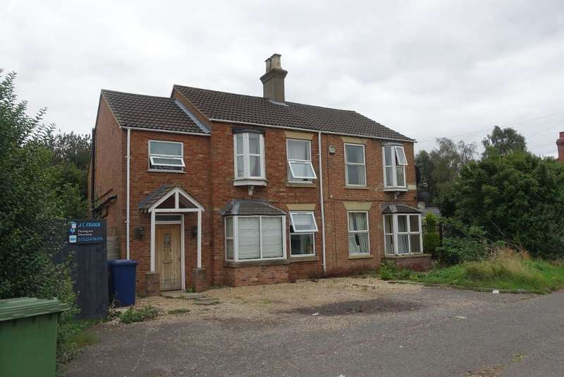 5 Bedrooms Detached House for sale in Churchill Road, Wisbech, Cambs, PE13 2DN