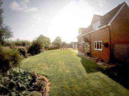 4 Bedrooms Detached House for sale in Lyne Hill Lane, Penkridge, Stafford, Staffordshire