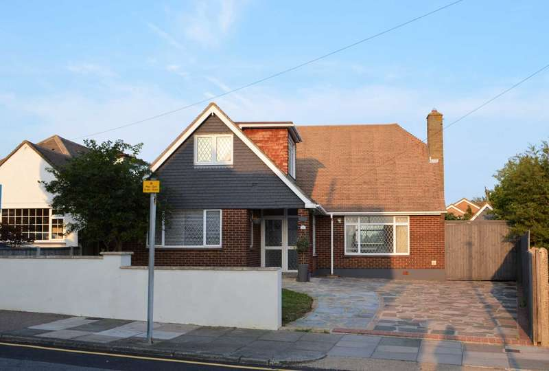 4 Bedrooms Detached House for sale in Waterford Road, Southend On Sea