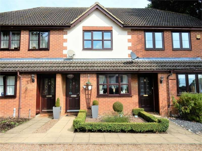 2 Bedrooms Terraced House for sale in St Georges Court, Owlsmoor, SANDHURST, Berkshire