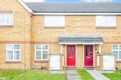 2 Bedrooms Terraced House for sale in Voyce Way, Bedford, Bedfordshire