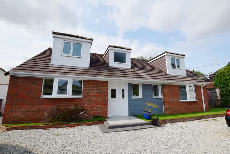5 Bedrooms Detached House for sale in Old Barn Road, Christchurch