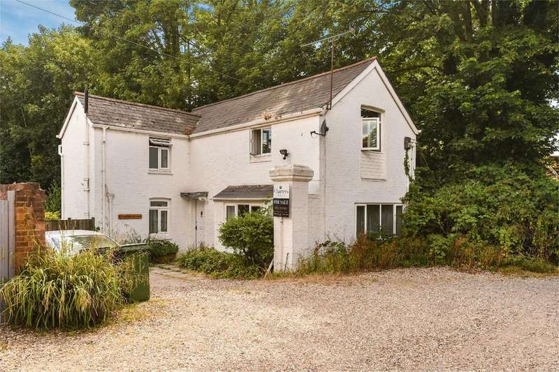 2 Bedrooms Detached House for sale in Christchurch Road, Winchester, Hampshire, SO23