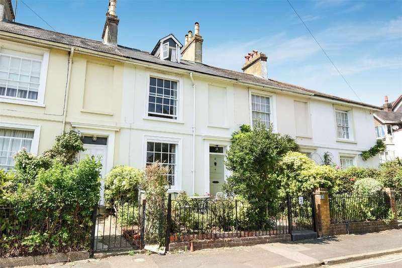 4 Bedrooms Terraced House for sale in Edgar Road, Winchester, Hampshire, SO23
