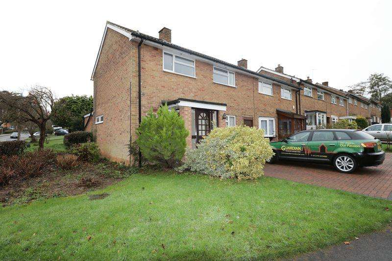 3 Bedrooms House for sale in Rectory Wood, Harlow