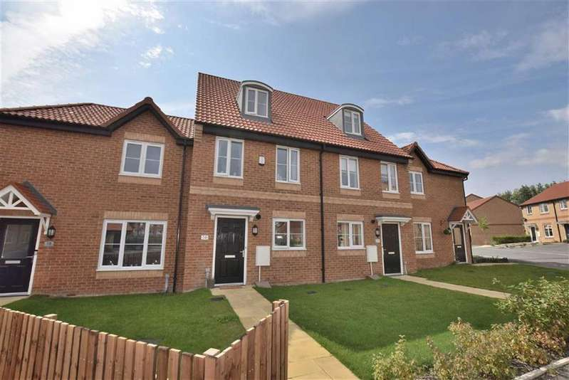 3 Bedrooms Town House for sale in Rosebud Way, Catterick Garrison, North Yorkshire