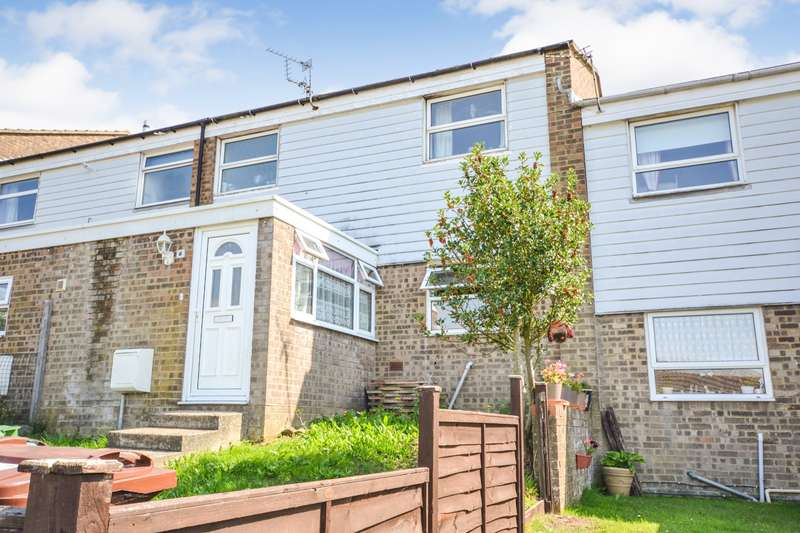 3 Bedrooms House for sale in Erica Close, Eastbourne, BN23