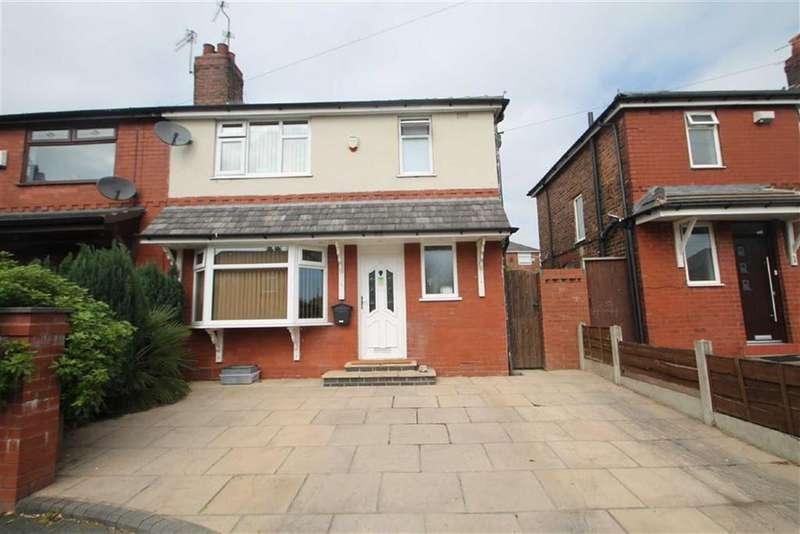 3 Bedrooms Semi Detached House for sale in Waverley Road, Swinton