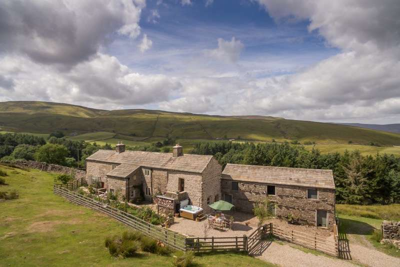 3 Bedrooms Farm House Character Property for sale in Gill Head, Gunnerside, Richmond, DL11 6JN